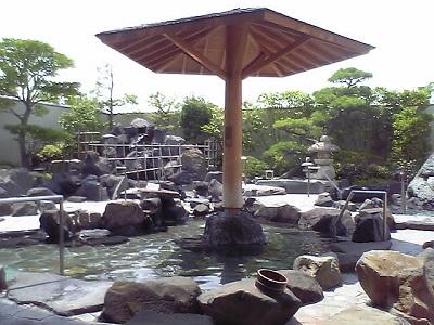 天然温泉かきつばたは高速道路直結のお風呂です